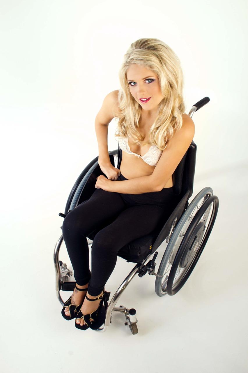 Секс в инвалидных колясках 5 фотография